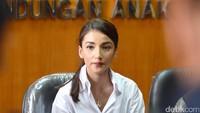 Tsania Marwa mengaku dipersulit untuk bertemu anak-anaknya oleh Atalarik Syah. Foto: Noel/detikHOT