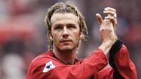 Beckham yang Apes Kena Hantaman Sepatu Sir Alex