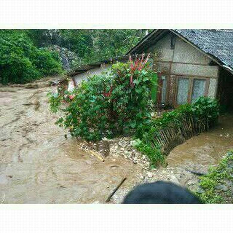 Bupati Bandung Bentuk Tim Perbaikan Rumah Akibat Banjir