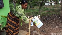 Di Puskesmas Siso, Mollo Selatan, Kabupaten Timor Tengah Selatan, NTT, sudah didirikan rumah tunggu kelahiran bagi ibu hamil. Yuk lihat lebih dekat.