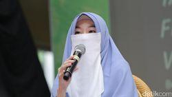 Wahai Sahabat, Perhatikan Cara Larissa Chou Berdakwah