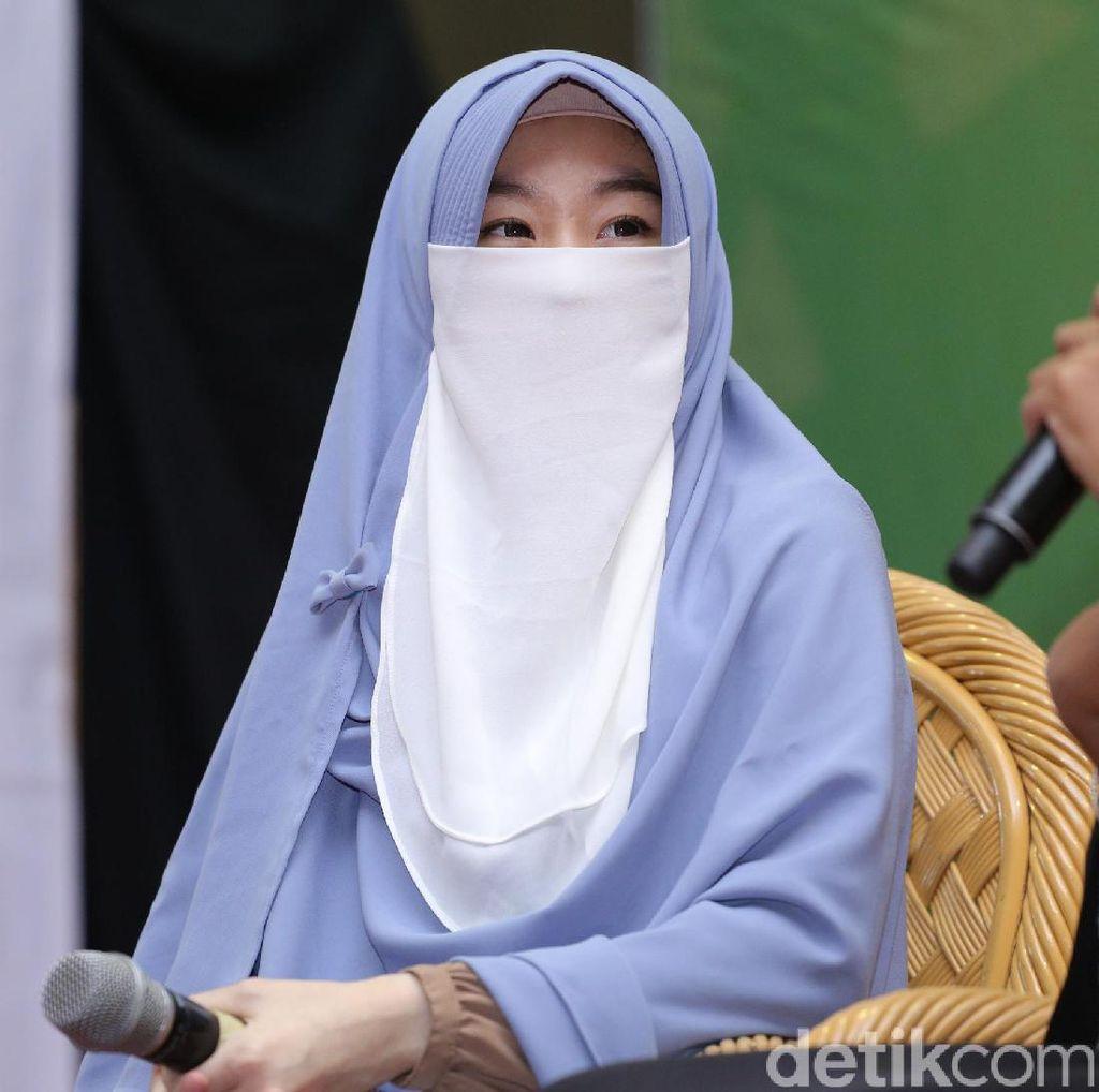 Bisa Cium Arifin Ilham Sebelum Dikebumikan, Larissa Chou Cukup Bahagia