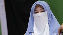 Kisah Larissa Chou, Gadis Tionghoa Pindah Keyakinan di Usia Remaja