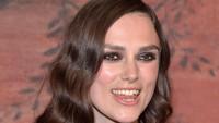 7 Artis Menolak Veneer Gigi Meskipun Giginya Tidak Rapi