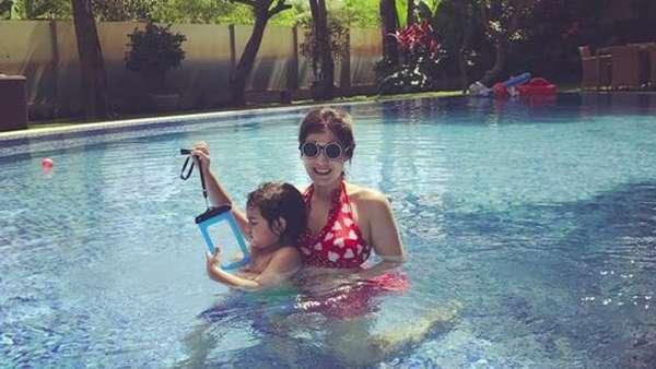 The Hot Mahmud, Carissa Putri Basah-basahan Liburan di Bali