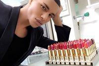 L'Oreal Gandeng Balmain Rilis Lipstik Mewah, September 2017