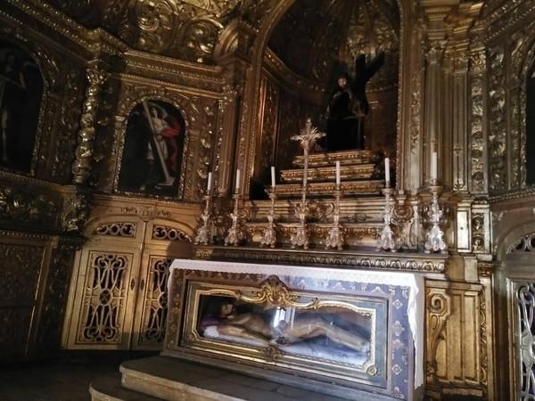 Ada pula penyair Luiz Vaz de Camoes, hingga makam keluarga kerajaan Portugal masa lalu, seperti Raja Manuel I dan istrinya, Raja Joao III dan Ratu Catarina (Elza/detikTravel)