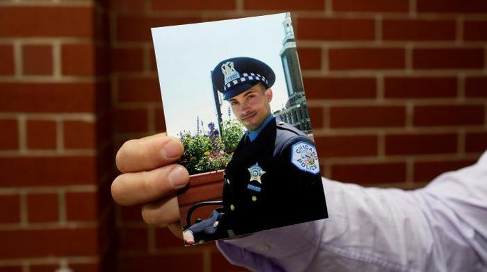 Scott Tracz, polisi yang bunuh diri di Chicago (Foto: Joshua Lott/Reuters)