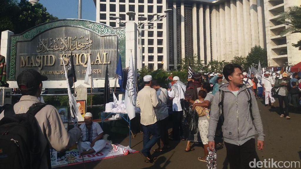 30 Ribu Makanan Disiapkan untuk Jemaah Tarawih Akbar di Istiqlal