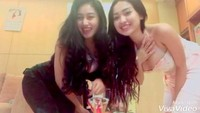 Pamela Safitri dan Cupi Cupita sering mengunggah video bernyanyi dan bergoyang seksi di jejaring instagram pribadinya. (Dok. Instagram/cupitagobas19)