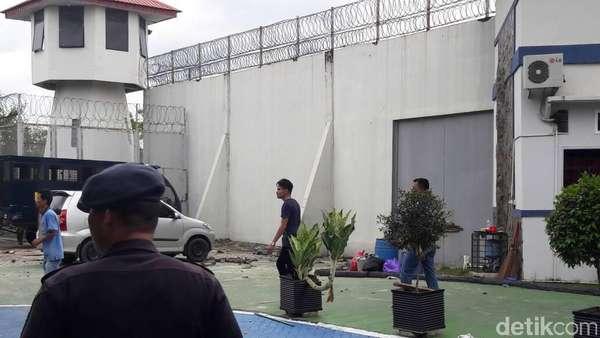 Polda Riau: Diperkirakan 200 Tahanan Kabur dari Rutan