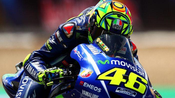 Valentino Rossi saat menjalani sesi kualifikasi MotoGP Spanyol. (Foto: Getty Images Sport/Dan Istitene)