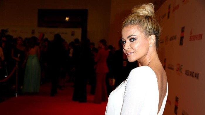BEVERLY HILLS, CA - MAY 05:  Model/Actor Carmen Electra attends the 24th Annual Race To Erase MS Gala at The Beverly Hilton Hotel on May 5, 2017 in Beverly Hills, California.  (Photo by Rich Fury/Getty Images)