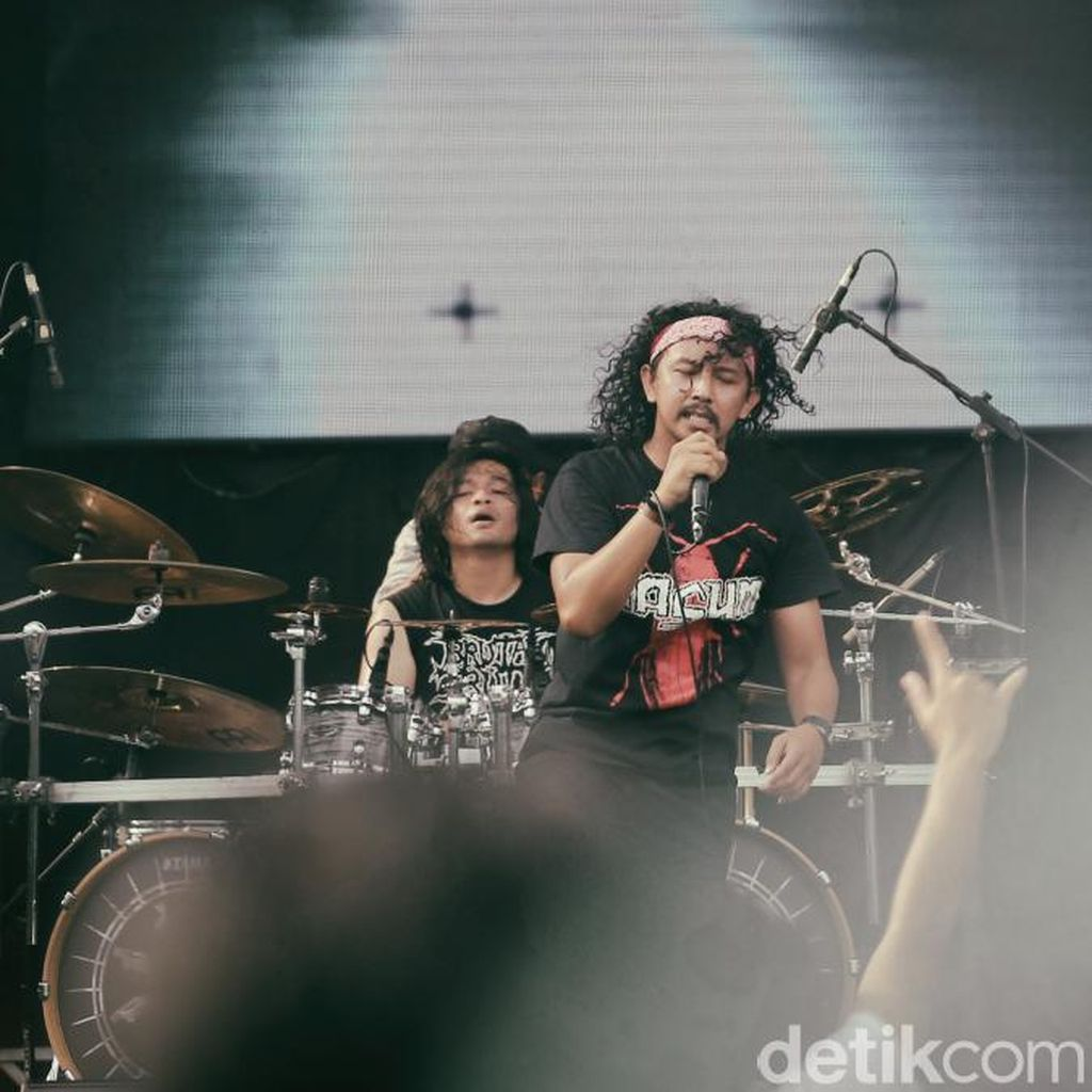 5 Fakta Adamantine, Album Burgerkill yang Merchandise-nya Dibeli Jokowi