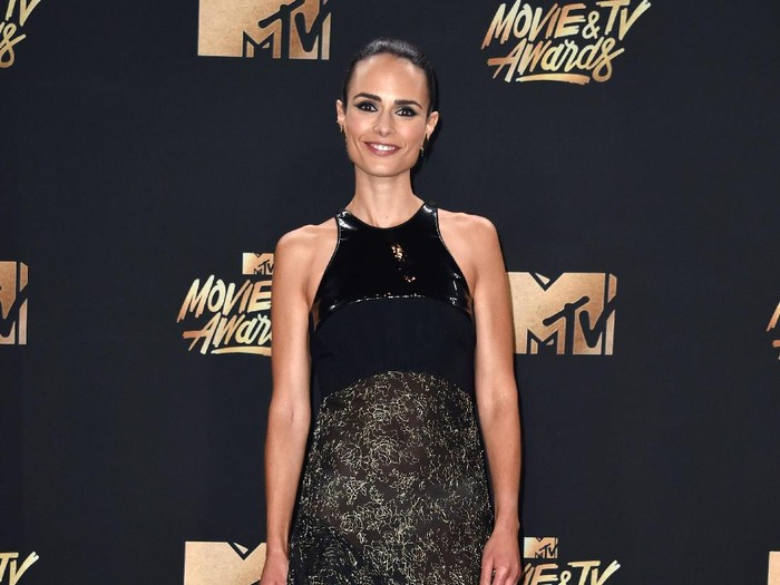 LOS ANGELES, CA - MAY 07:  Actor Jordana Brewster, winner of the Generation Award, poses in the press room during the 2017 MTV Movie And TV Awards at The Shrine Auditorium on May 7, 2017 in Los Angeles, California.  (Photo by Alberto E. Rodriguez/Getty Images)