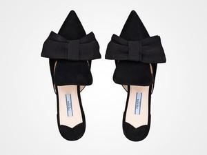 Sepatu Prada Rp 100 Ribuan Ini Buat Pembeli Menggila