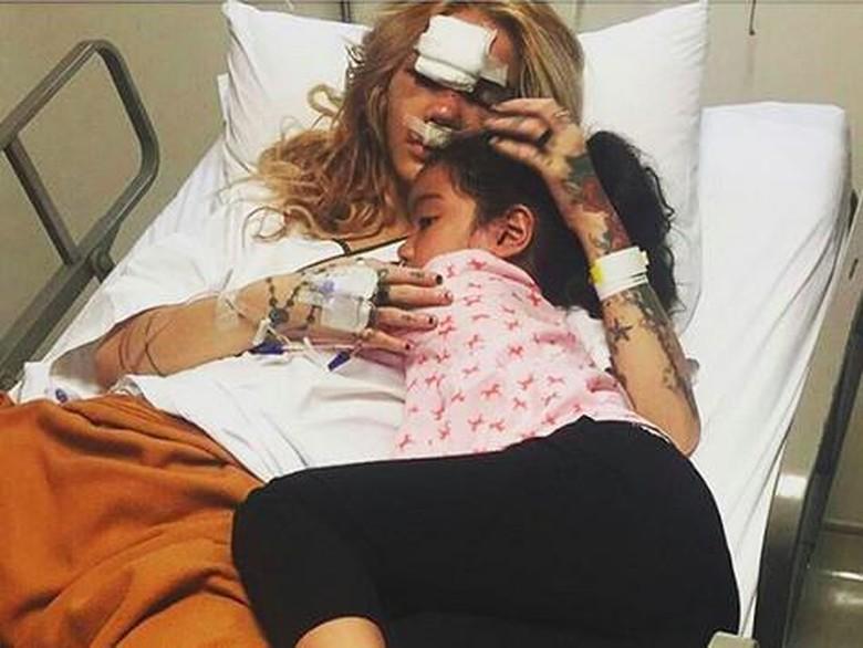 Foto terkini Sheila Marcia usai kecelakaan Foto: instagram