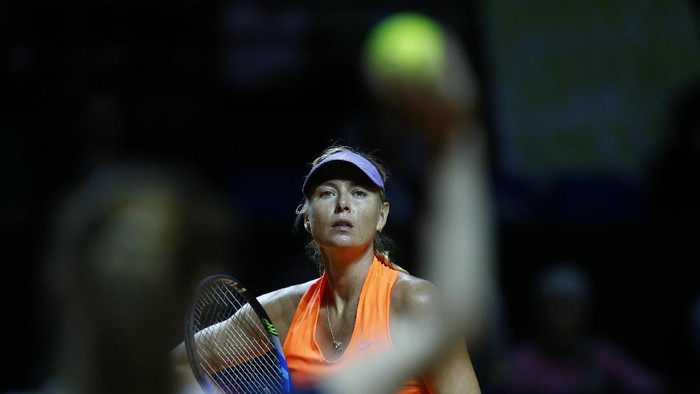 Tennis - WTA Stuttgart Tennis Grand Prix - Maria Sharapova of Russia v Roberta Vinci of Italy - Stuttgart, Germany - 26/4/17. Maria Sharapova of Russia in action. REUTERS/Ralph Orlowski