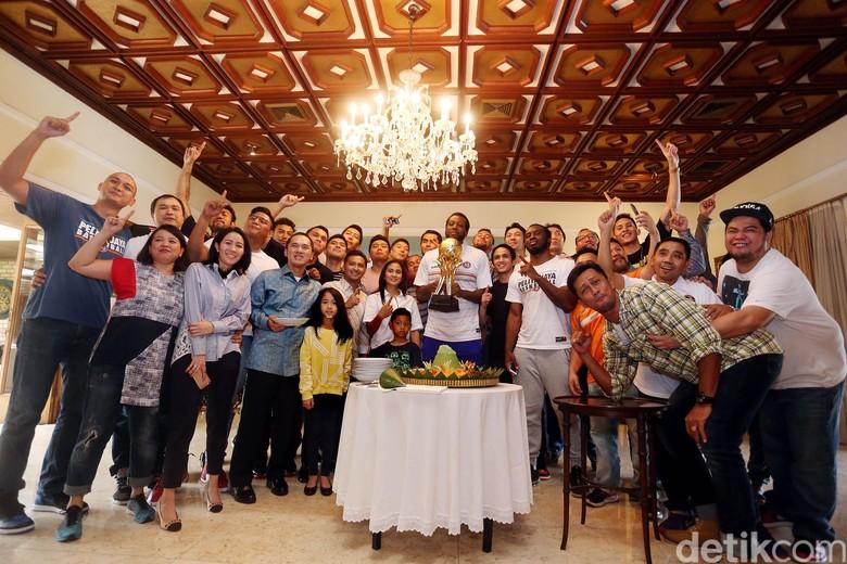 Pesta Pelita Jaya Berlanjut di Simprug