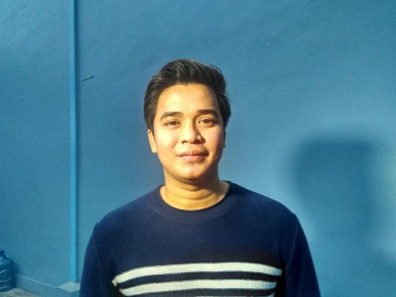Billy Kerap Nyekar ke Makam Olga Syahputra Saat Ramadhan