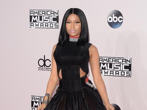 Nicki Minaj Ciptakan Koleksi Lipstik Nude untuk M.A.C. Cosmetics