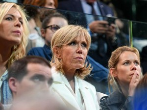 Putri Istri Presiden Prancis Tak Terima Ibunya Disebut Barbie Menopause
