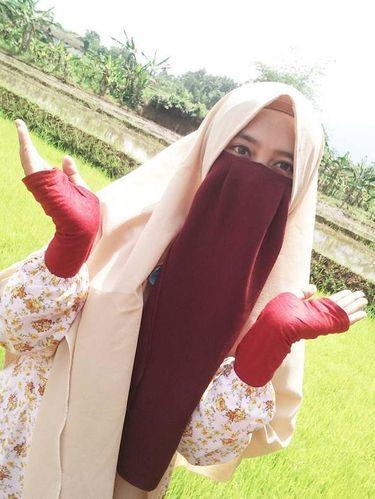 Foto Gaya Hijab Bercadar Remaja Bogor Yang Populer Instagram Ranti