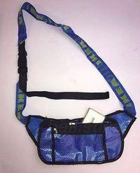 Foto: Kantong Plastik Ikea Disulap Jadi Sepatu Sampai Underwear