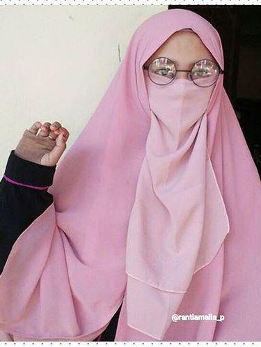 7400 Gambar Kartun Muslimah Remaja Bercadar Gratis Terbaik