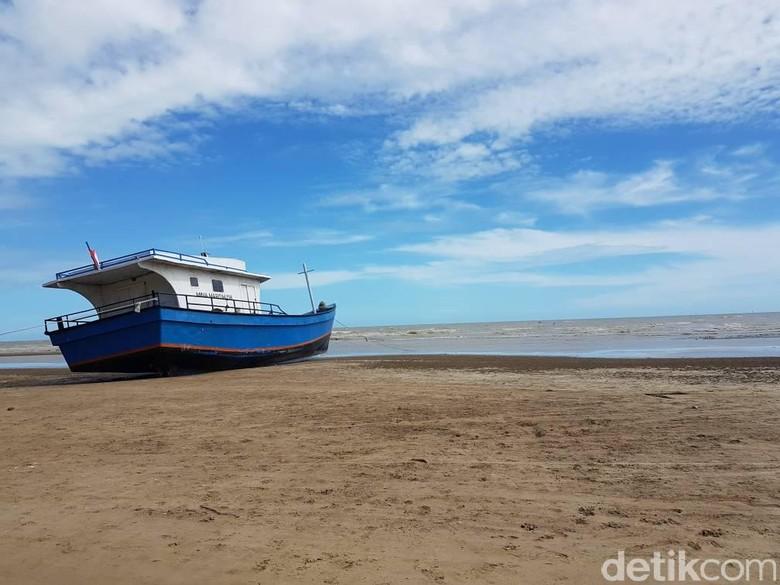 Speedboat Digulung Gelombang di Merauke, 11 Penumpang Hilang