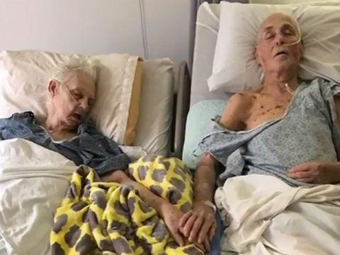 Pasangan Menikah 62 Tahun Meninggal Bergandengan Tangan