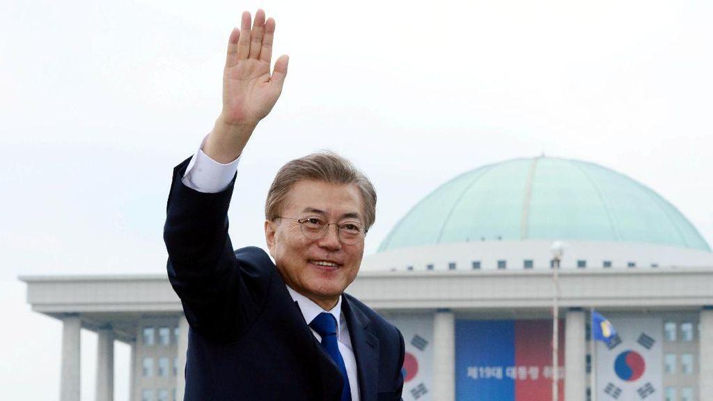 Presiden hingga Menteri Korsel Sumbang 30% Gaji Buat Perangi Corona