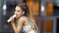 Yang pertama adalah Ariana Grande. Foto: Getty Images