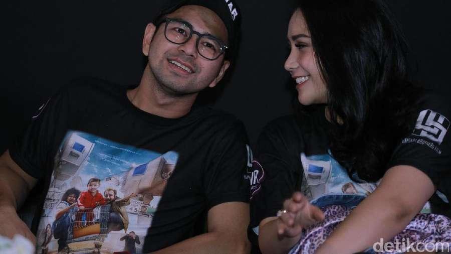 Roadshow Kemesraan Raffi Ahmad dan Nagita Slavina