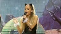 Ia mencatatkan rekor itu berkat 'Love Me Harder', 'Break Free', dan 'One Last Time'. Foto: Getty Images