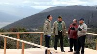 Dijelajahi Jokowi Pakai Motor Trail, Ini Progres Jalan Trans Papua