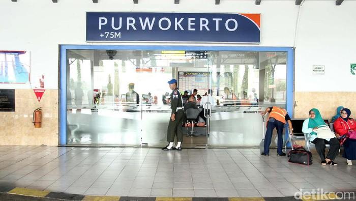 Stasiun KA Purwokerto, Daop V