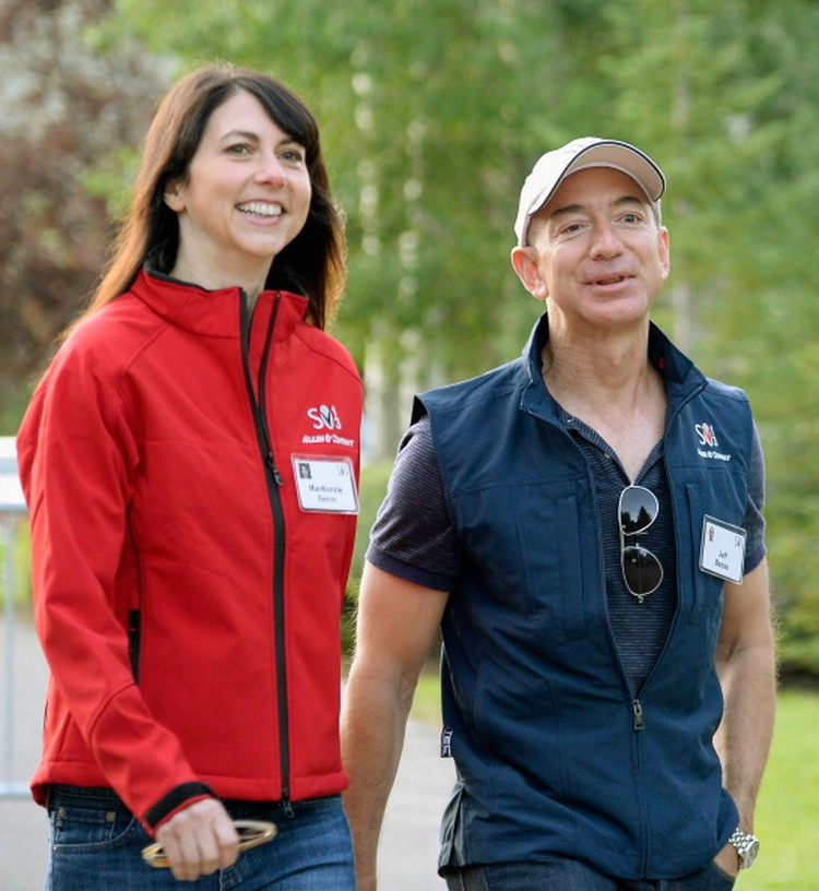 Jeff Bezos dan Istri