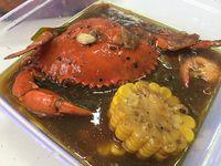 Mama's Crab: Kepiting Lada Hitam dan Saus Padang dalam Kemasan Juga Enak
