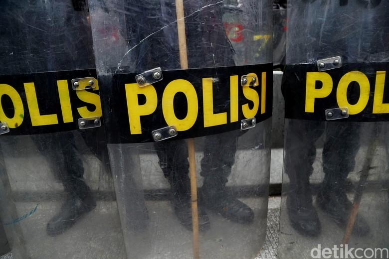 11 Preman di Jakarta Timur Diringkus, 1 Orang Ditembak