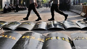 Polri Kerahkan 191 Ribu Personel Amankan Pilkada