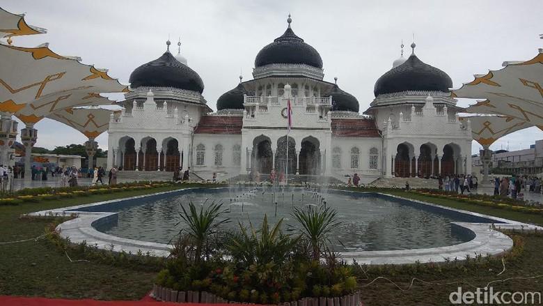 Gubernur: Masjid Baiturrahman Perkuat Peradaban Islam di Aceh