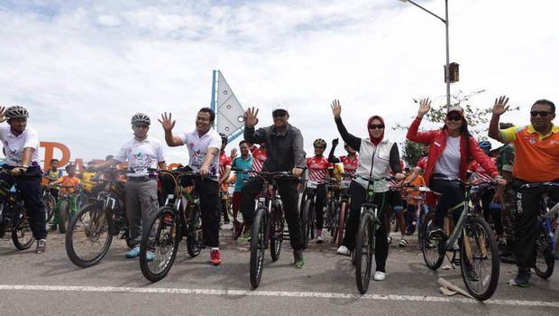 Buka Gowes Pesona Nusantara Menpora Bersepeda Yuk