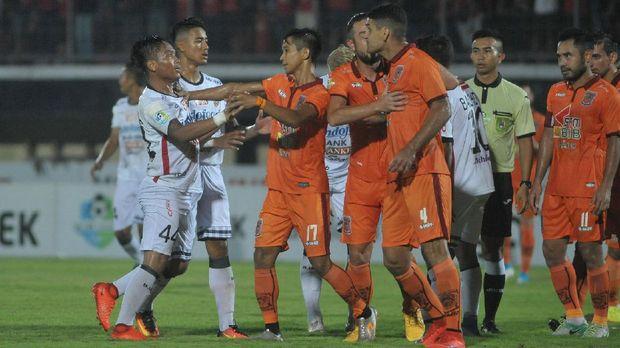 Borneo FC melawan Bali United di Stadion Segiri berakhir imbang.