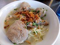 Di Bandung Bisa Makan Es Duren hingga Begor Murah Enak di Tempat Ini
