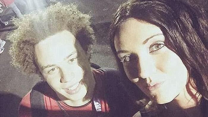 Marcus bersama teman wanitanya. Foto: Mirror