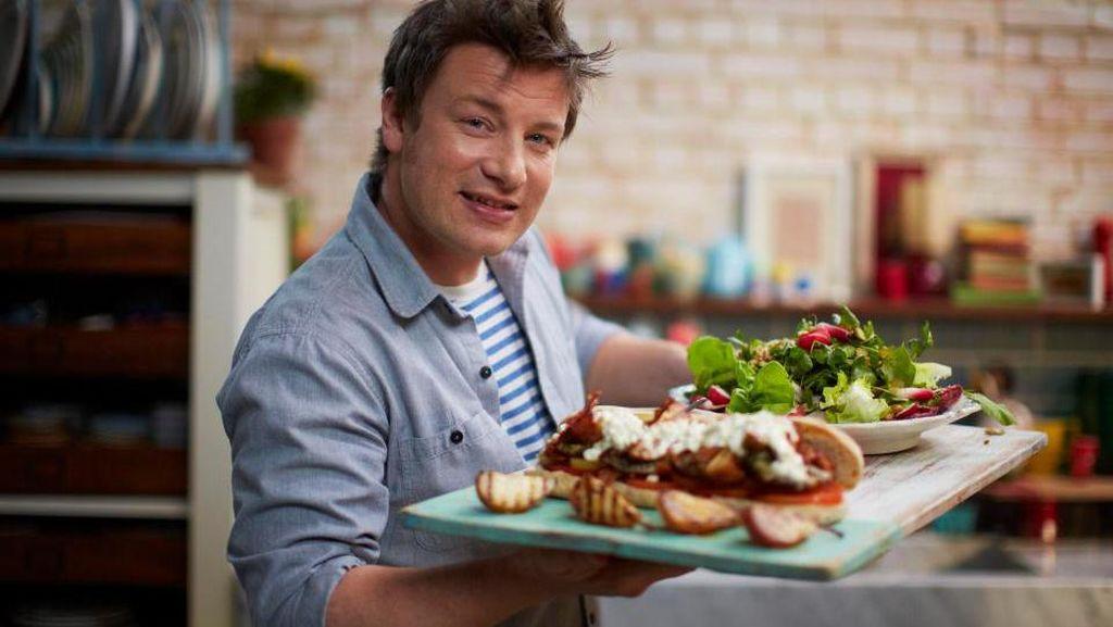 Jamie Oliver Perbolehkan Anak Makan Fast Food, Ini Alasannya