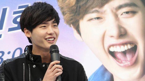 Park Shin Hye dan Lee Jong Suk pernah bermain dalam drama 'Pinocchio.'