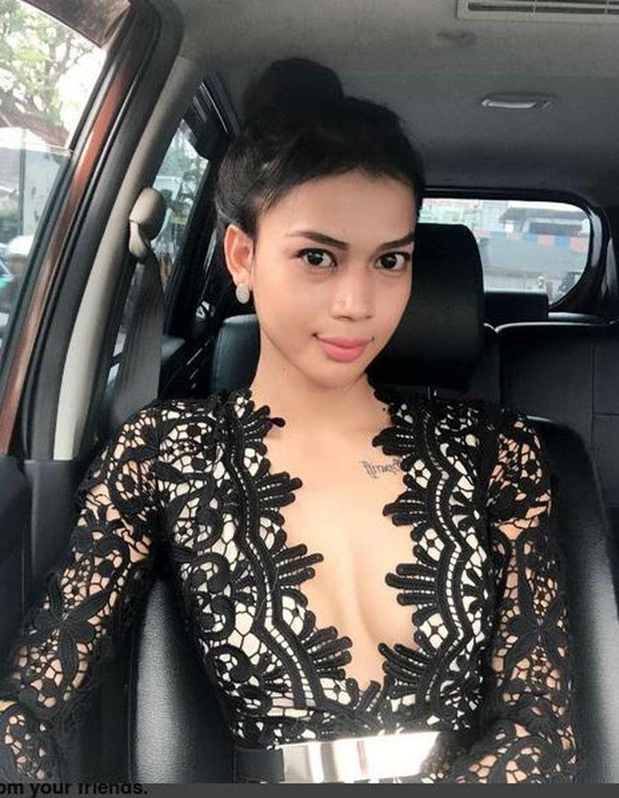 Girls, Lebih Minder Sama Millendaru, Dena Rachman Atau Dinda Syarif?