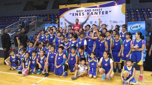 Kala Pebasket Oklahoma City Thunder Jadi 'Pelatih' Anak-Anak Indonesia